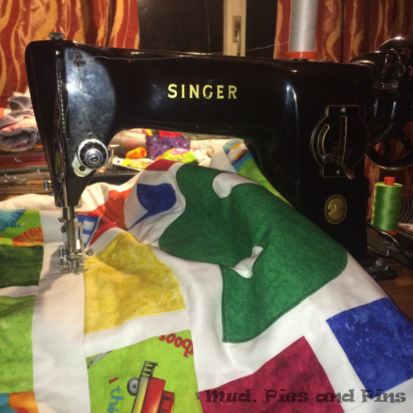 Quilting Mud, Pies and Pins
