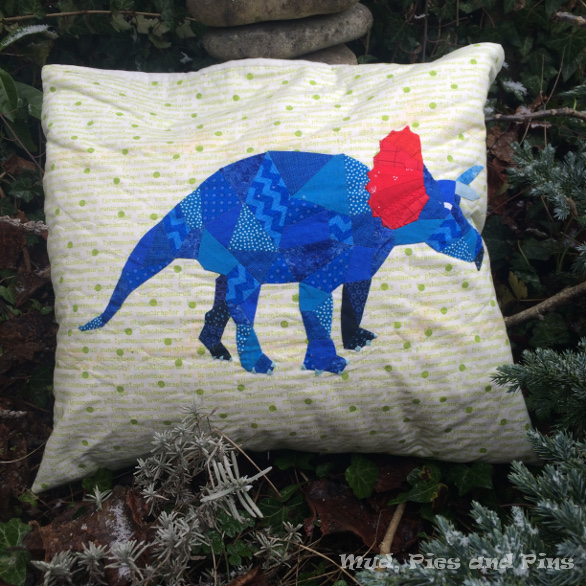 EPP Stegosaurus pillow | Mud, Pies and Pins