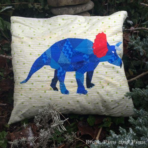EPP Stegosaurus pillow | Mud, Pies and Pins