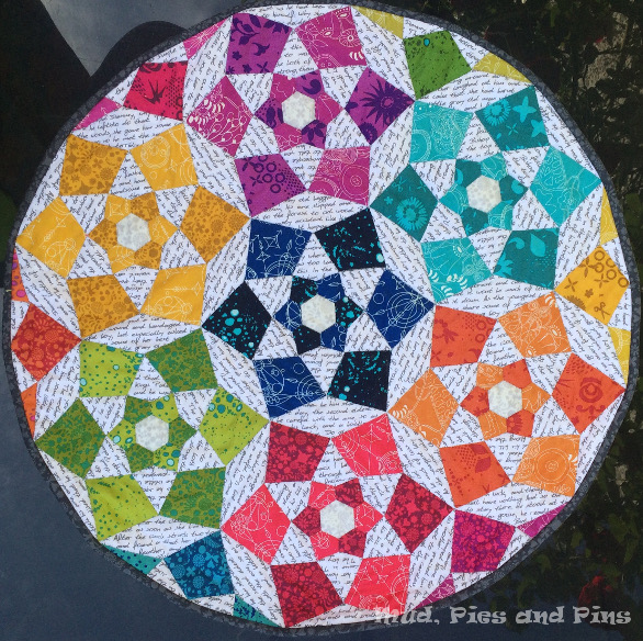 Sunbloom mini quilt | Mud, Pies and Pins