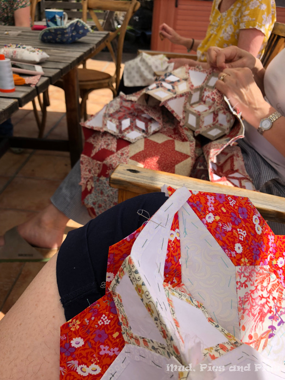 Sewing outdoors at Patchwork in the Peaks | Mud, Pies and Pins