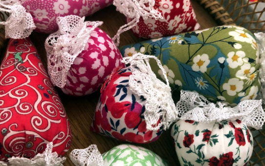 A Handmade Christmas - Liberty Tree Ornaments